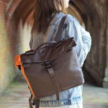 WIN A JISCO LEATHER BAG